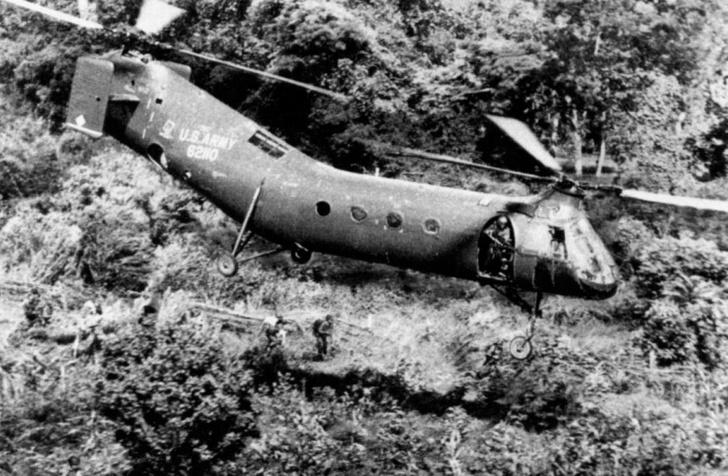 Фото №5 - «Летающий банан»: пять серьезных фактов про самый смешной вертолет в истории