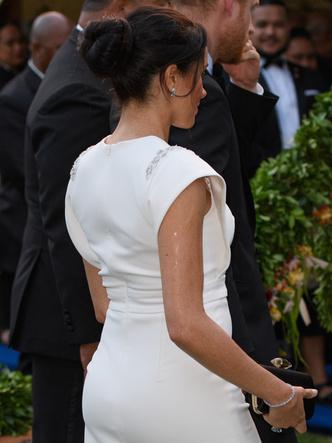 Фото №15 - Демократичная герцогиня: 10 лучших причесок Меган на каждый день