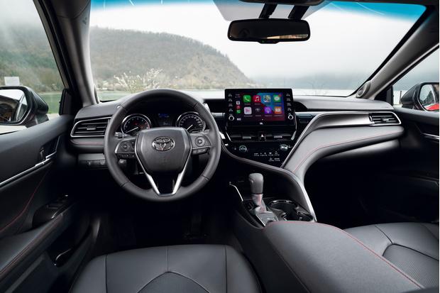 Фото №3 - 4 аргументированных факта об обновленной Toyota Camry