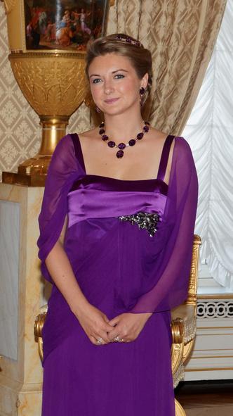 Фото №11 - Самые красивые и дорогие тиары королевской семьи Люксембурга