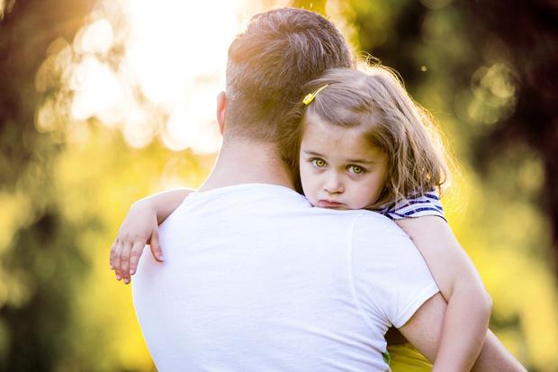 Фото №1 - 4 важных навыка, которые может привить девочке только отец