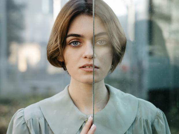 Фото №1 - Две простые техники, которые помогут вам побороть страх общения