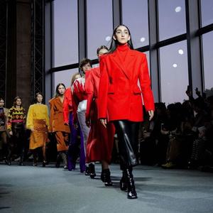 Фото №3 - Страшная сила: 10 моделей с провокационной внешностью, покоривших мир моды