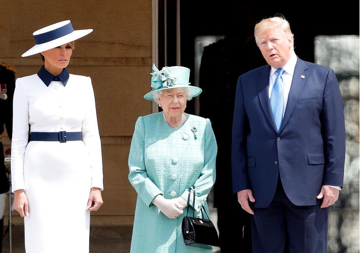 Фото №3 - Исторический момент: почему Королева не надела тиару на встречу с Джо Байденом