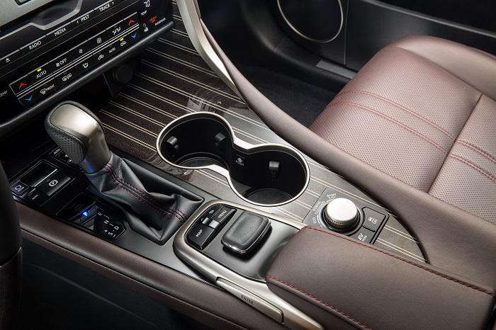 Фото №3 - 5 фишек Lexus RX, которые удивляют даже сейчас