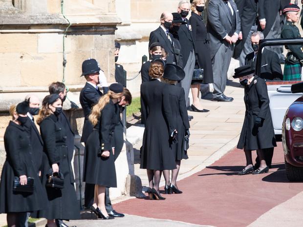 Фото №4 - Конец эпохи: как изменится жизнь Королевы и британская монархия после смерти принца Филиппа