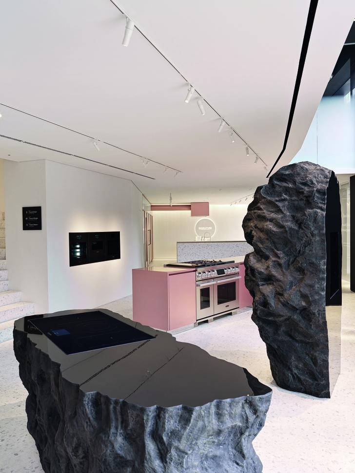 Фото №2 - Шоурум Signature Kitchen Suite в Милане
