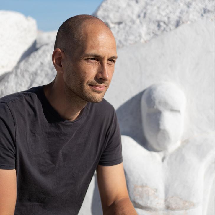 Фото №2 - Российский скульптор Петр Зайцев— победитель Scogliera Viva в Италии