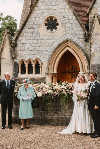 Фото №11 - Самые стильные звездные невесты 2020 года, которые нас впечатлили