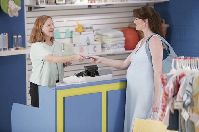 Фото №2 - Беременна и прекрасна: советы по выбору одежды для будущей мамы
