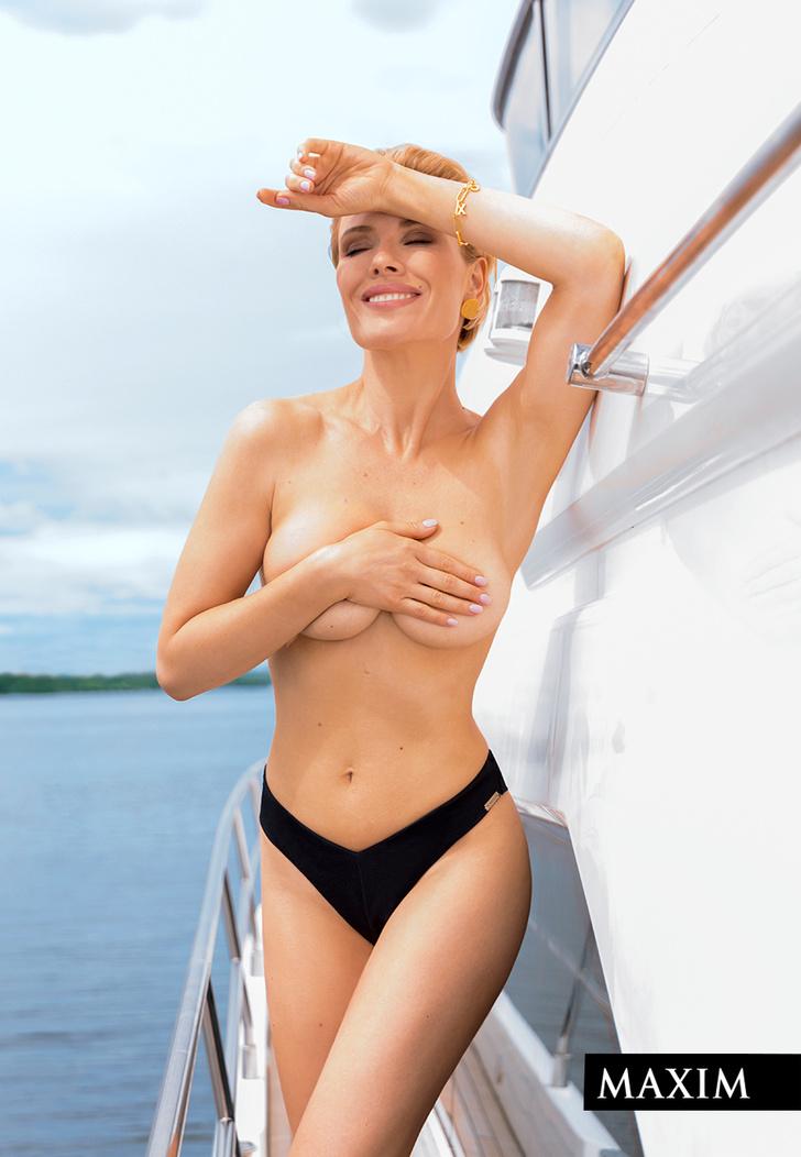 Фото №3 - Актриса Виктория Маслова: эксклюзивные фото со съемки в MAXIM, не вошедшие в журнал