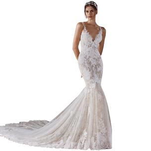 Фото №4 - Выбери свадебное платье, и мы скажем, каким будет твой брак [тест]