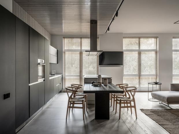 Фото №6 - За бетонной стеной: архитектурная квартира 125 м² в Москве
