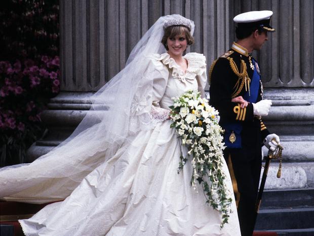 Фото №4 - Почему принцесса Диана не могла надеть на свою свадьбу туфли на высоком каблуке