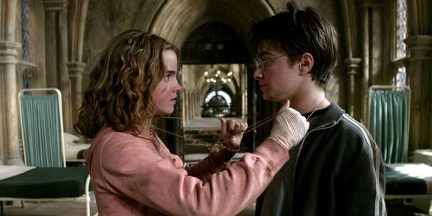 Фото №4 - «Гарри Поттер»: 9 сцен, которые доказывают, что Гарри и Гермиона соулмейты