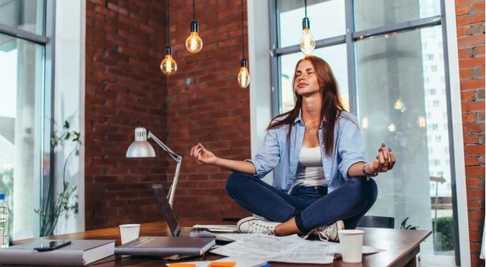 Медитация — это полезный кофеин