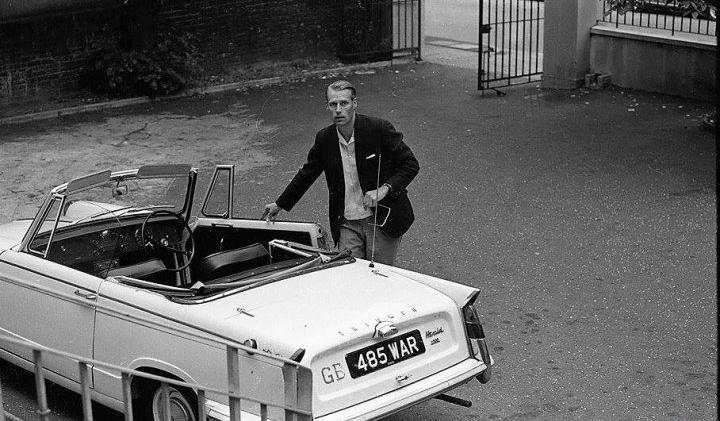 Фото №2 - «Бэйби, ю кэн драйв май кар». Главные автомобили в жизни Джона Леннона