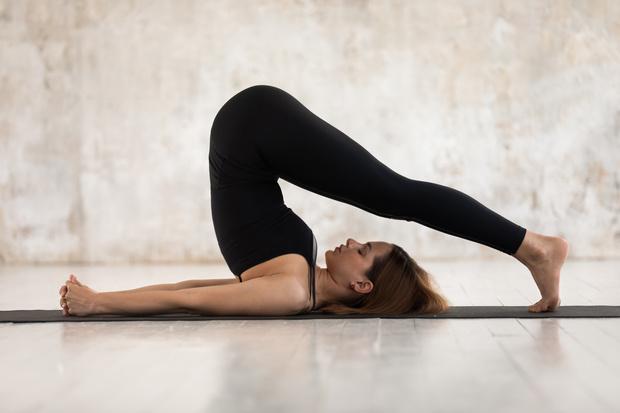 Йога для начинающих дома, йога для сна и снятия стресса