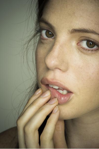 трещины в уголках рта причины