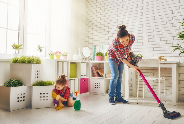 Фото №2 - Как научить ребенка убирать за собой игрушки: 5 типичных ситуаций