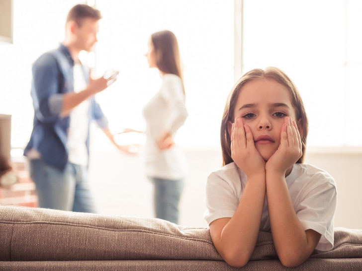Фото №1 - Запрещенный прием: 5 вещей, которые нельзя делать при ребенке