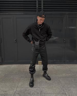 Фото №1 - Эстетическое удовольствие: топ-5 самых стильных fashion-аккаунтов парней в Инстаграме