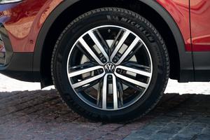 Фото №3 - Volkswagen объявляет о начале продаж нового кроссовера Tiguan