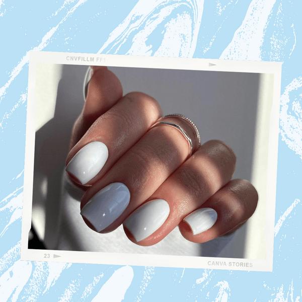 Фото №1 - Белые ногти: как подчеркнуть загар маникюром