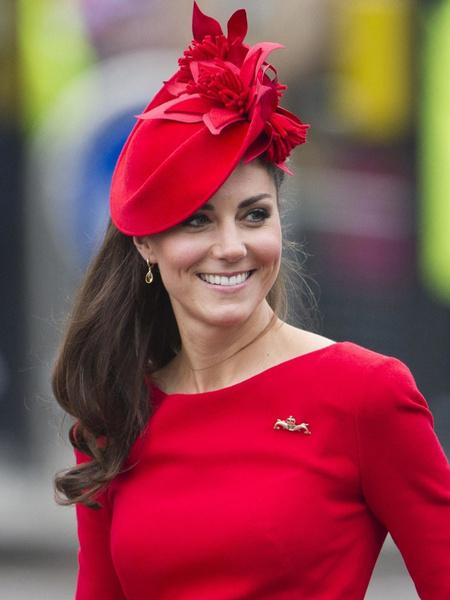 Кейт Миддлтон надела старенький жакет Zara, который всех восхитил