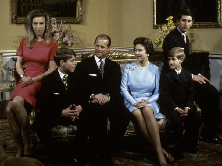 Фото №1 - С кем из детей у принца Филиппа сложились наиболее близкие отношения