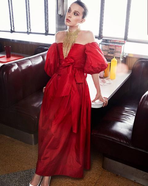 Фото №5 - 5 стильных платьев на выпускной как у Милли Бобби Браун
