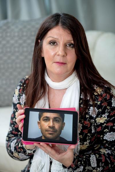 Фото №7 - Жить в твоей голове: как женщина после 10 лет мучений отправила неадекватного поклонника в тюрьму, но навсегда лишилась покоя