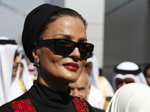 Фото №11 - Великолепная шейха Моза: как дочь мятежника стала «королевой сердец» Востока и иконой стиля