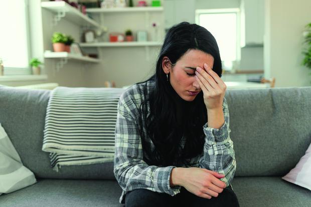 Обморок причины с судорогами при расстройстве кишечника во сне с открытыми глазами признаки от боли рвота и причины неврология виды
