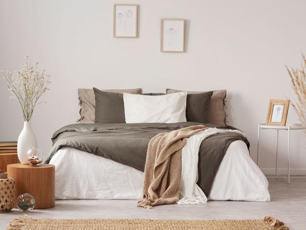 Фото №1 - Для крепкого сна: как правильно выбирать подушку, одеяло и постельное белье