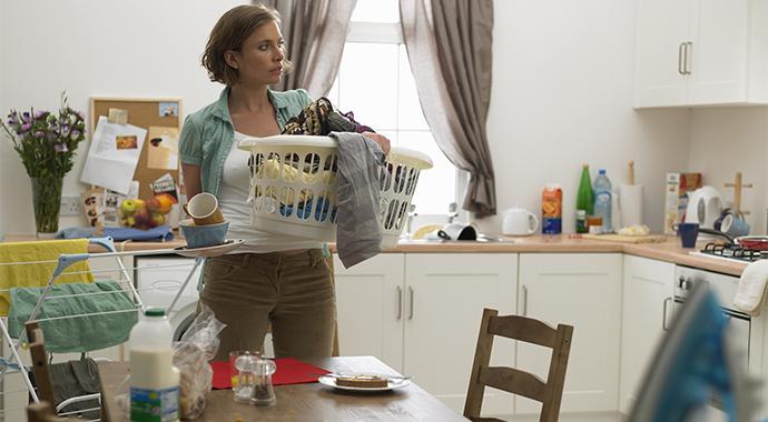 Жена решила проучить ленивого мужа и перестала делать что-либо по дому