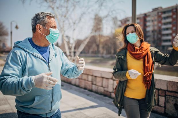 Фото №2 - Вирусолог назвал условия, при которых нас снова посадят на карантин