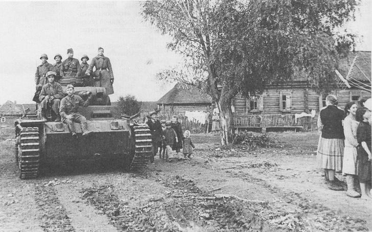 Фото №2 - Что немцу хорошо, то и Красной армии подойдет— танки вермахта с красными звездами