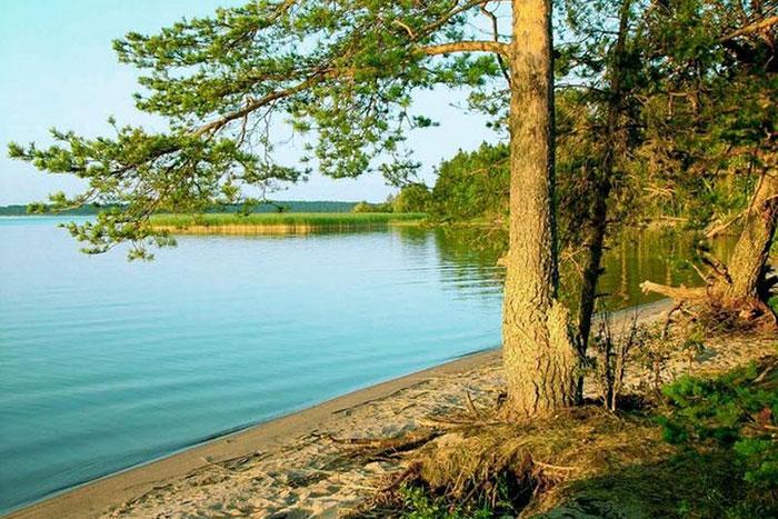 Фото №3 - Гляжусь в озера синие: 5 озер России, где стоит провести отпуск