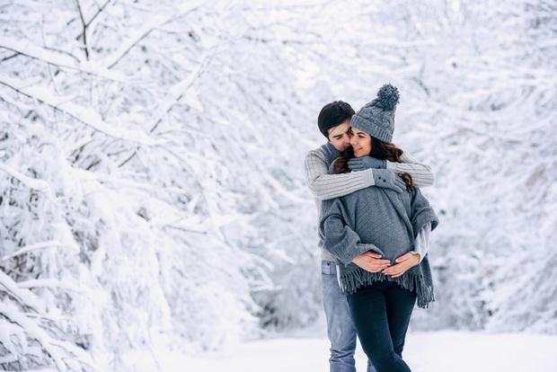 Фото №1 - Зима будущей мамы: витамины, прививки и гардероб