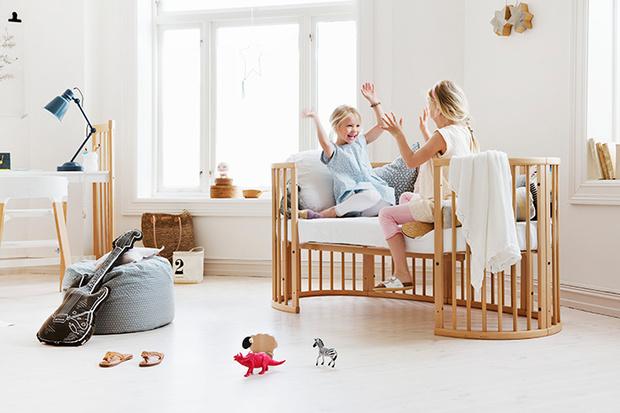 Фото №1 - Скандинавские сны: Stokke® Sleepi™ - новый цвет кроватки-трансформера