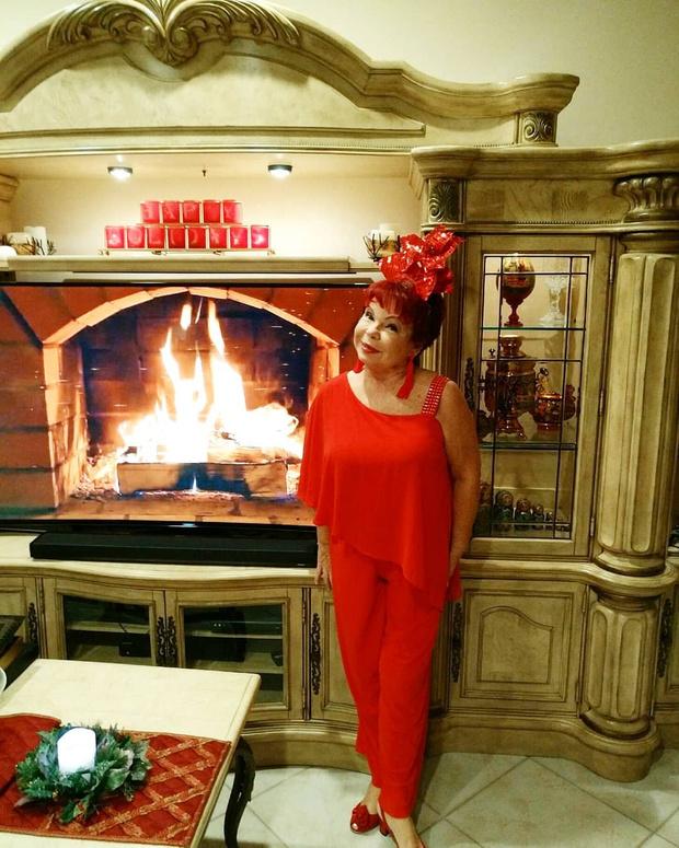 Людмила Порывай: мама Наташи Королевой, день рождения, голые фото, 2021