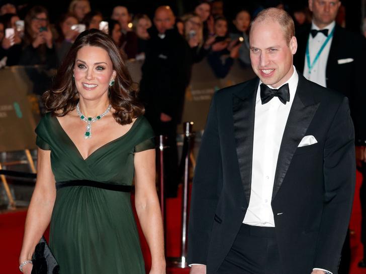 Фото №11 - Как королевские особы носят изумруды