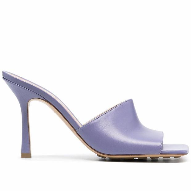 Фото №10 - Почему мюли— это обувь для мыслителей и где купить удачную пару?