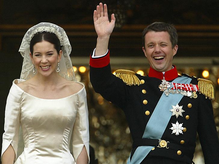 Фото №5 - Где познакомиться с настоящим принцем (если вы не принцесса): 7 встреч, закончившихся свадьбой