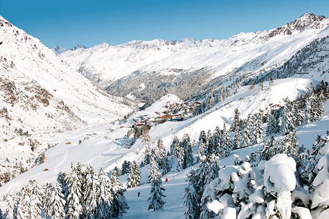 Фото №5 - Зёльден 003: что общего у горнолыжного курорта и Джеймса Бонда