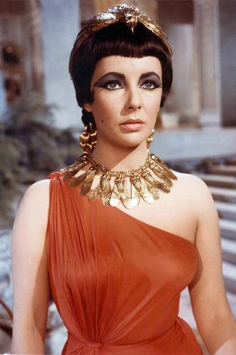 Фото №9 - Сокровища мира кино: кто создавал культовые украшения голливудских актрис