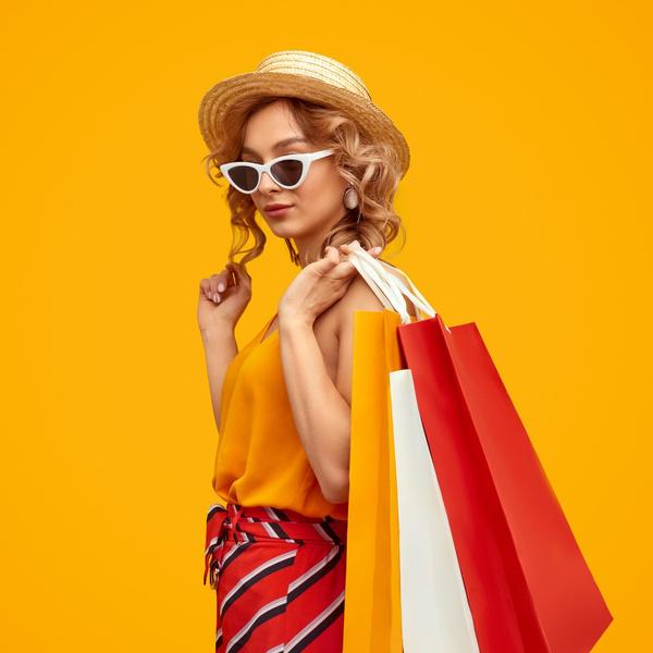 Фото №1 - Fashion-мастхэвы лета 2021: что купить на распродаже AliExpress, чтобы потом весь год быть в тренде 🔥