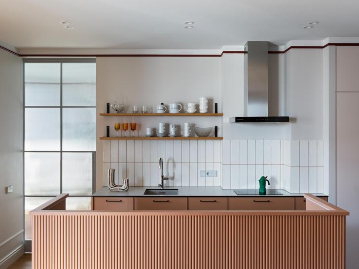 Фото №3 - Яркая квартира для молодоженов и золотистого ретривера 62 м²