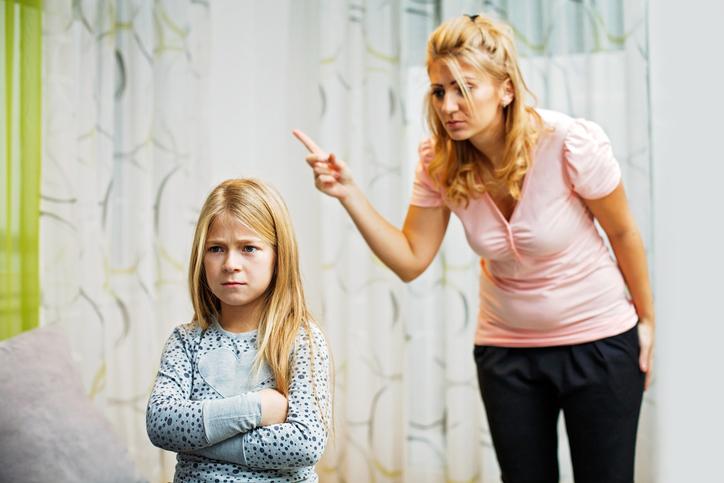 «Ругаюсь на старшую дочку: после рождения младшего стала меня раздражать…»